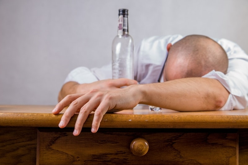 5 Reasons to Reduce Alcohol Intake