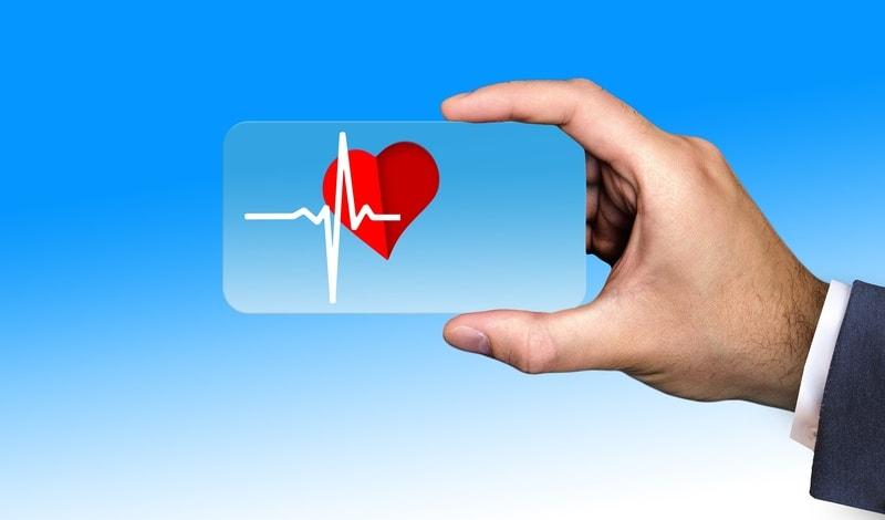 Связь между инсультом и болезнями сердца